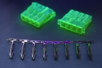 Pack of 2 Female 4 Pin Molex Connectors With Crimps - UV Green